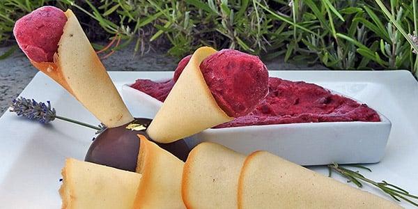 Hűsítő nyári desszert – Meggy sorbet
